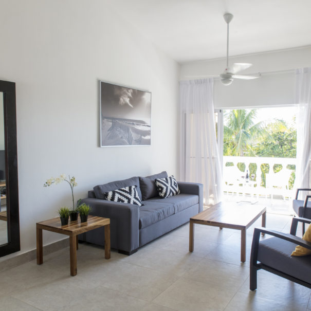 Seven Palms Apartments: Ocean Palms Residences